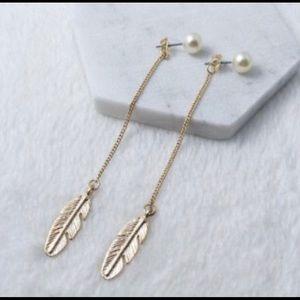 Jewelry - Gold feather drop faux pearl earrings